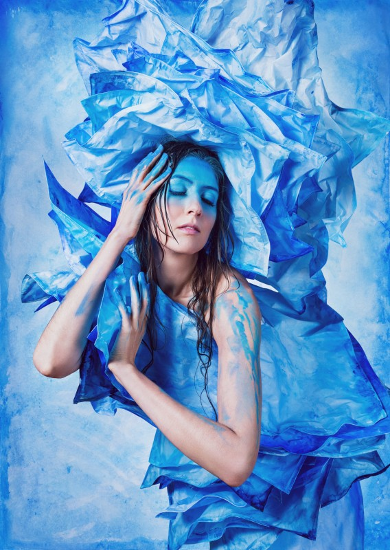 "Ph0246 315 ""Blue Lotus"" with Laura Hollick - Photo: Stephanie Pehar"